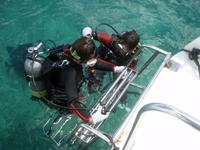 ダイビングボート5の後ラダー