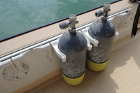 ダイビングボートwingのタンクホルダー